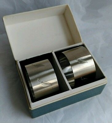 Set of 2 Stainless Steel Leaf Pattern Napkin Rings Boxed