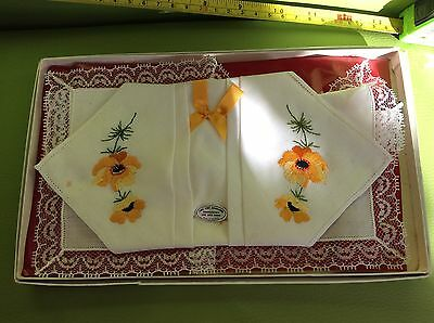 RETRO VINTAGE two fine handloom EMBROIDERED ONE LACE EDGED IRISH HANDKERCHIEFS