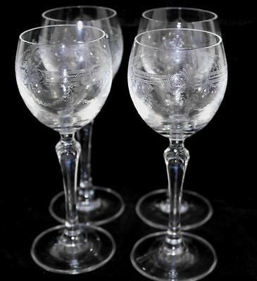 Stunning Set Of 4 Fine Shell Like Glass Wine Glasses With Fine Decoration #r179