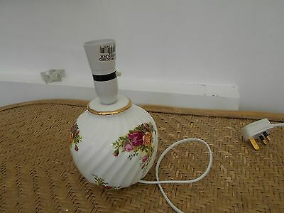 Royal Albert Old Country Roses - Table Lamp