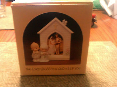 Precious Moments Picture Frame With Box ( The Lord Bless You & Keep You )