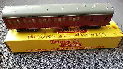 Tri-ang T.81 SUBURBAN BRAKE 2nd COACH TT GUAGE PRECISION MODEL