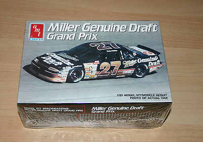 23-6961 AMT ERTL 1/25th SCALE MILLER GENUINE DRAFT GRAND PRIX PLASTIC MODEL KIT