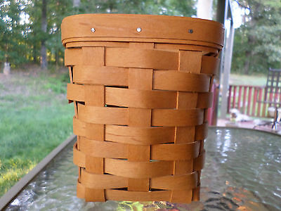 Longaberger Basket Sq 1996 Plain Fruit? Nice And Traditional