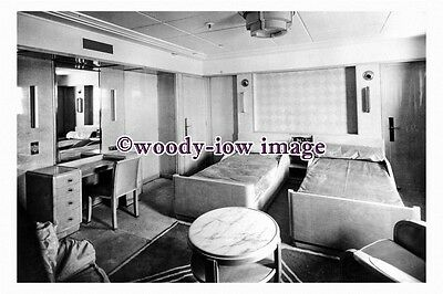 pu0925 - French CGT Liner - Normandie , built 1935 - interior photograph