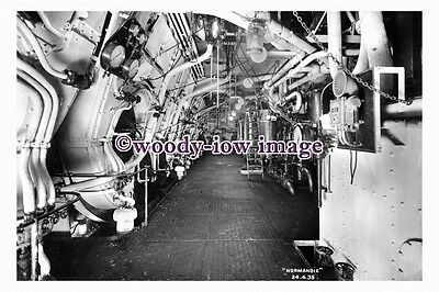 pu0931 - French CGT Liner - Normandie , built 1935 - photograph of Engine Room
