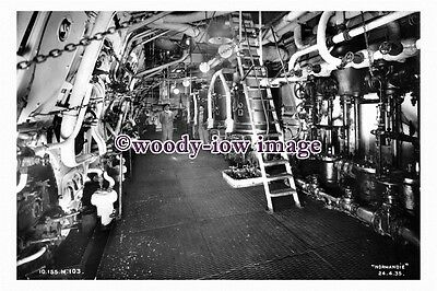 pu0929 - French CGT Liner - Normandie , built 1935 - photograph of Engine Room