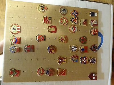 Military Crest Insignia Di Dui Lot Set Of 32  Different Us Army Different Kinds