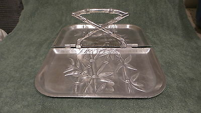 "Vintage 1950's Everlast Forged Aluminum FOLDING TRAY,CENTER HANDLE 13-3/4""X11"""