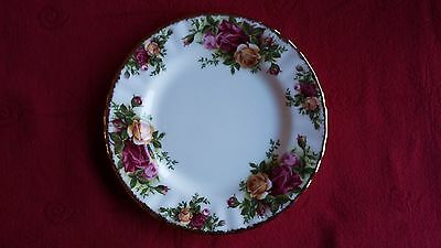 """Royal Albert  OLD COUNTRY ROSES Rose 6.25"""" side plate"""