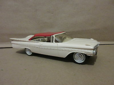 1958/59 Chevy Impala S.P.M. White with Red Top Friction Car