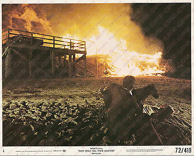 1972 THEY ONLY KILL THEIR MASTERS James GARNER looks burning house *Foto seriale