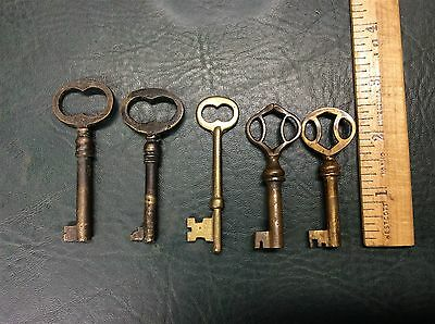 Lot of 5 Antique Brass Barrel Keys One Skeleton Key Doors, Steampunk, Crafts