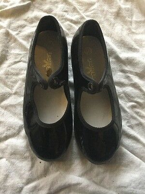 Dance girls black Tap shoes size 10 Toddler