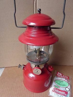 Coleman 200 Lantern - made in Canada 1960 - cleaned, tested, ready to use, Nice!