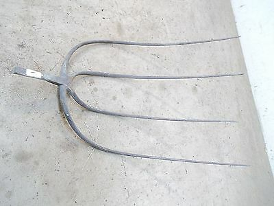 Old 4 Tine  Hay Fork Pitchfork Head Only  Lot E