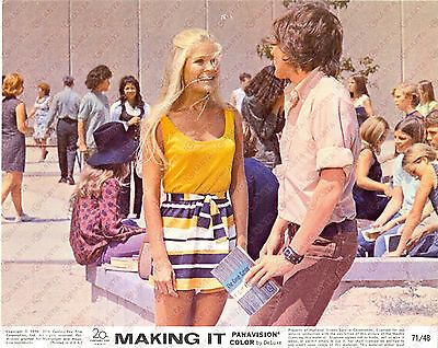 1971 MAKING IT Kristoffer TABORI Sherry E. DeBOER at the college *Foto seriale