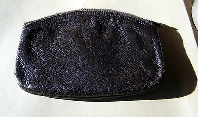 Super  tobacco pouch in grained lambskin by Clifton
