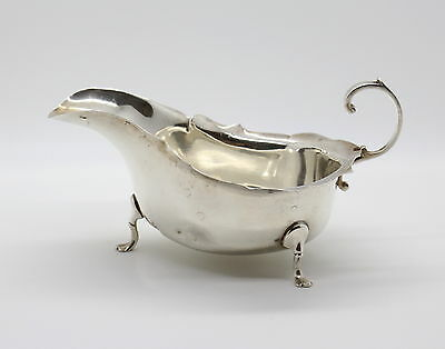 Antique STERLING SILVER Sauce Boat Hallmarked CHESTER 1922 Barker Brothers 2.5oz
