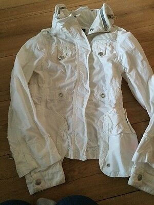 DKNY WHITE ANORAK WITH CONCEALED HOOD age 10 years