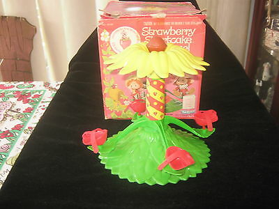 Vintage Strawberry Shortcake Carrousel/Merry Go Round Boxed Kenner 1980