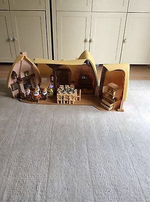 Disney Snow White and the Seven Dwarfs Cottage Play Set