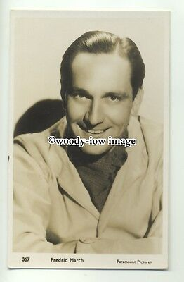b3452 - Film Actor - Fredric March - postcard