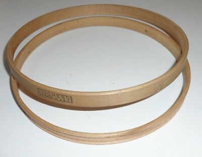 """Vintage Duchess Wooden Embroidery Hoop Round 5"""" Is Felt Lined"""