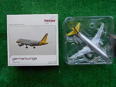 Airbus A319 German Wings Herpa 550598 Limited Edition 1:200 Brand New Boxed