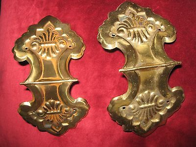 ANTIQUE VINTAGE  'PAIR' FLEUR DE LYS DECORATIVE CORNER BRACKETS - 8 inches