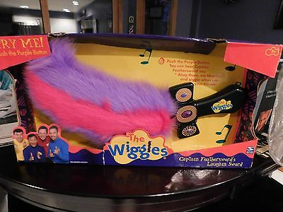 RARE 2003 New DISNEY The Wiggles CAPTAIN FEATHERSWORD'S Laughin' Sword TALKING
