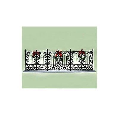 BYERS CHOICE Wrought Iron Fence with Wreaths Brand New FREE SHIPPING