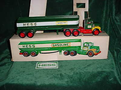 72 Marx Vintage Christmas Collectable  Hess Trucks 1972 Toy Tanker Truck Toys
