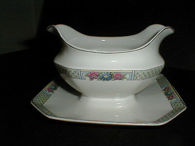 J & G  Meakin England Sol PARKSTONE Gravy Boat w Attached Underplate (big)