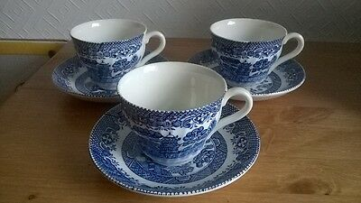 3 x VINTAGE BLUE & WHITE WILLOW PATTERN CUPS & SAUCERS. CHARITY SALE