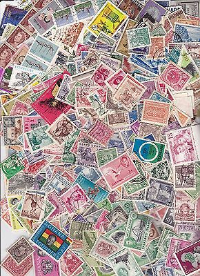 World Mixture 1000 Off Paper Stamps