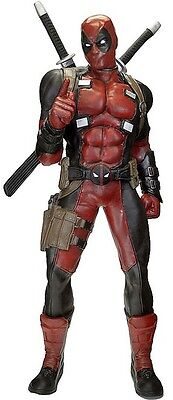 Marvel Comics Deadpool Life-Size Statue aus Latex (185 cm)