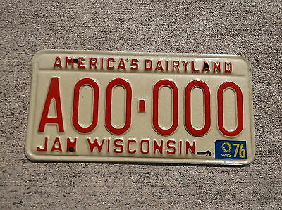 Wisconsin 1975 / 76 SAMPLE License Plate  #  A00 - 000