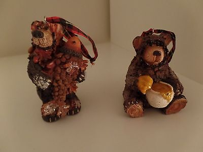 2 Rustic Woodland Cabin Pine Cone Wood Look Christmas Ornaments Bears