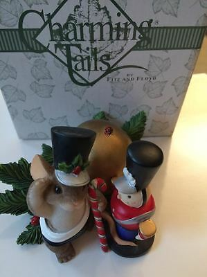 Charming Tails I SALUTE YOU 87/165 Christmas Mouse Decoration