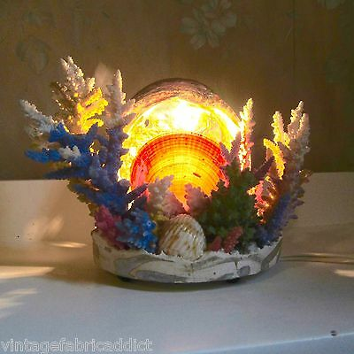 VINTAGE CORAL SEA SHELL TELEVISION LAMP TV KITSCH NITE LIGHT 1950's-60's ABALONE