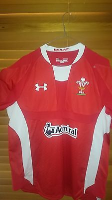 BNWOT WALES RUGBY UNION jumper SZ-LARGE