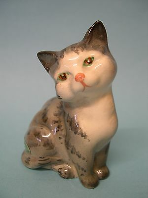 Pretty little Beswick kitten grey stripes - perfect with original green label