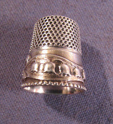 Stern Brothers Sterling Silver Thimble Lily Of The Valley Band Size 9