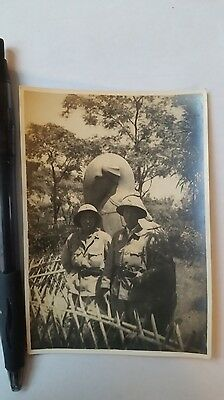 Original Wwii Japanese Photo: Army Pith Cap Soldiers, South China!!