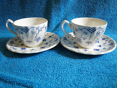 2 x Vintage MYOTT FINLANDIA BLUE & WHITE TEA CUPS AND SAUCERS MADE IN ENGLAND