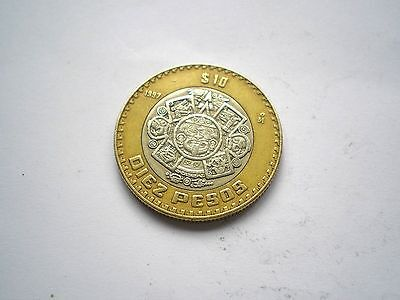 LARGE BI-METAL 10 PESO COIN FROM MEXICO-DATED 1997 nice