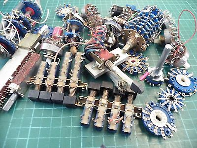 Assortment of Rotary & Push Button Switches Job Lot Electronic component 0412 k7