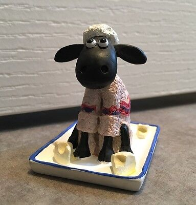 shaun the sheep resin figure / Wallace and gromit