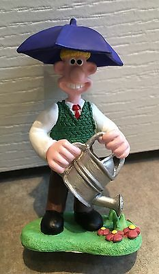 Wallace and Gromit - Wallace with umbrella resin figure